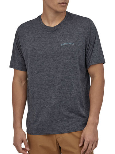 Patagonia Heren Cap Cool Daily Graphic Shirt (Playlands - Mountains: Smolder Blue X-Dye)